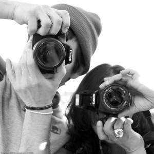 Francisco Andaur (Fran Juan DeMarco) + Friend / People Photographing People Photographing People by NewMindSpace, South Street Seaport, NYC / 20090919.10D.54206 / SML